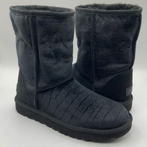 UGG Women's Classic Short Croc II Suede Boots